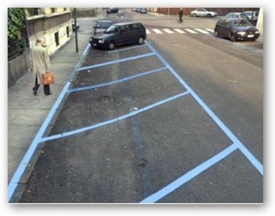 parcheggio_strisce_blu4